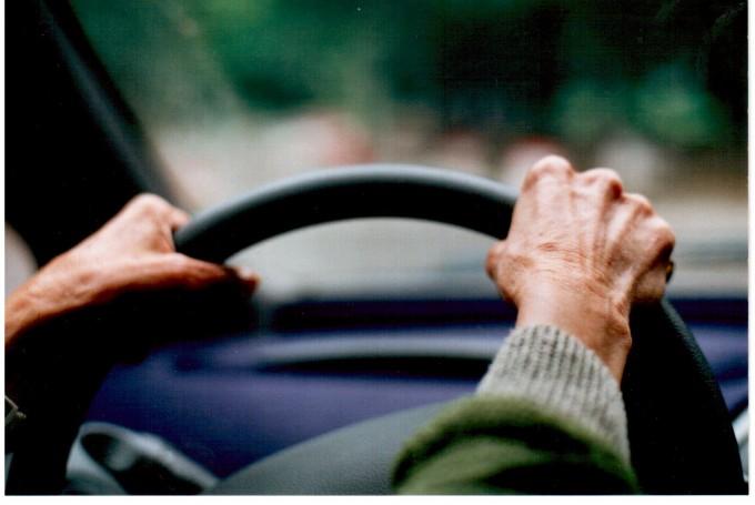 Conduire une automobile